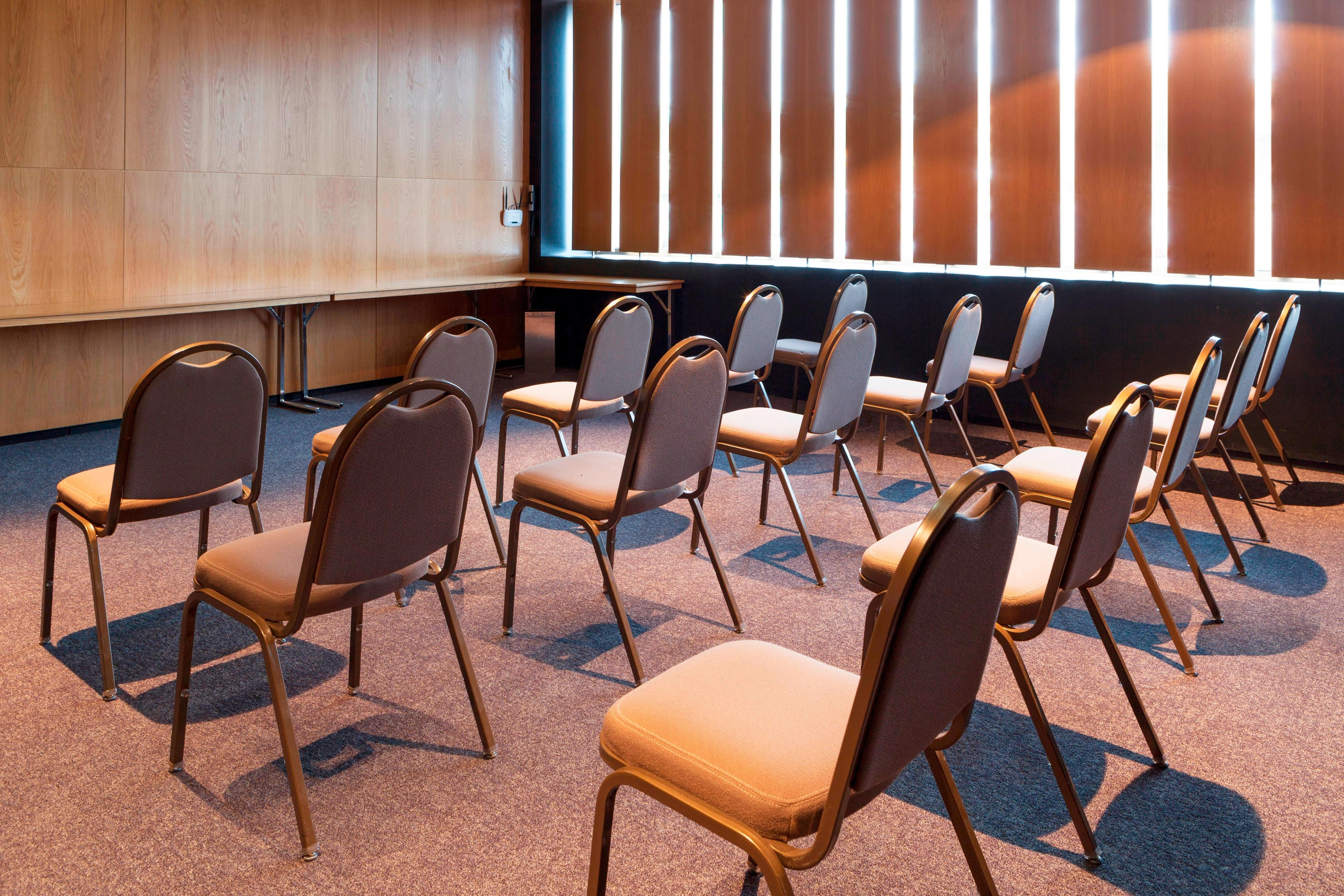 Gijón city Hotel with meeting rooms