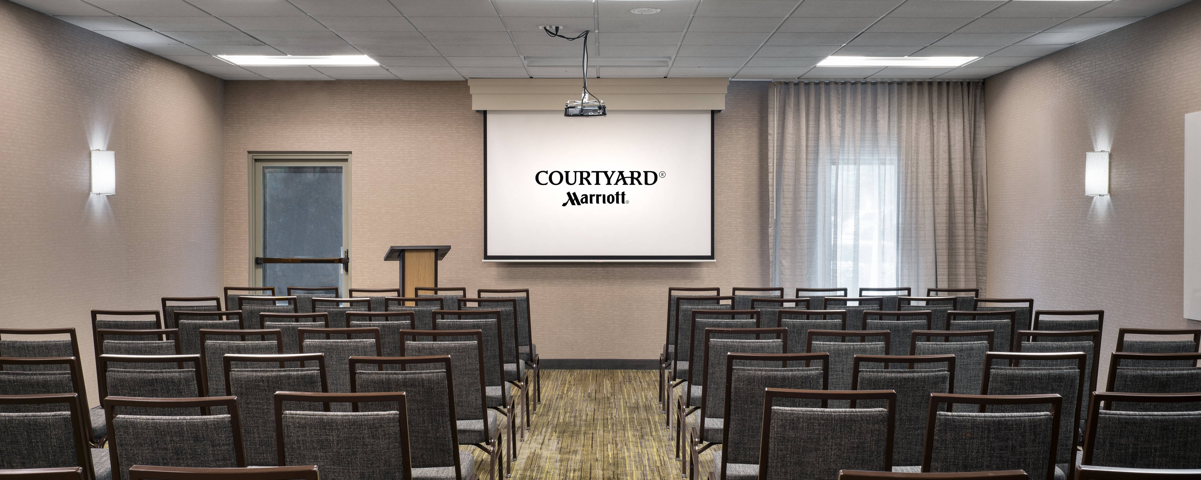 Meeting Rooms In Camarillo Ca Near Oxnard Courtyard Camarillo