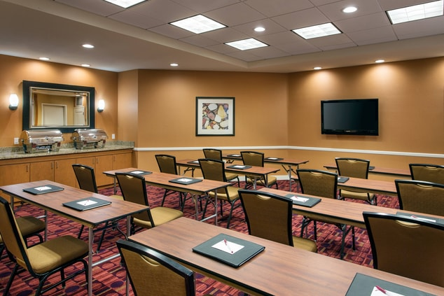 Camarillo Meeting Space Hotel