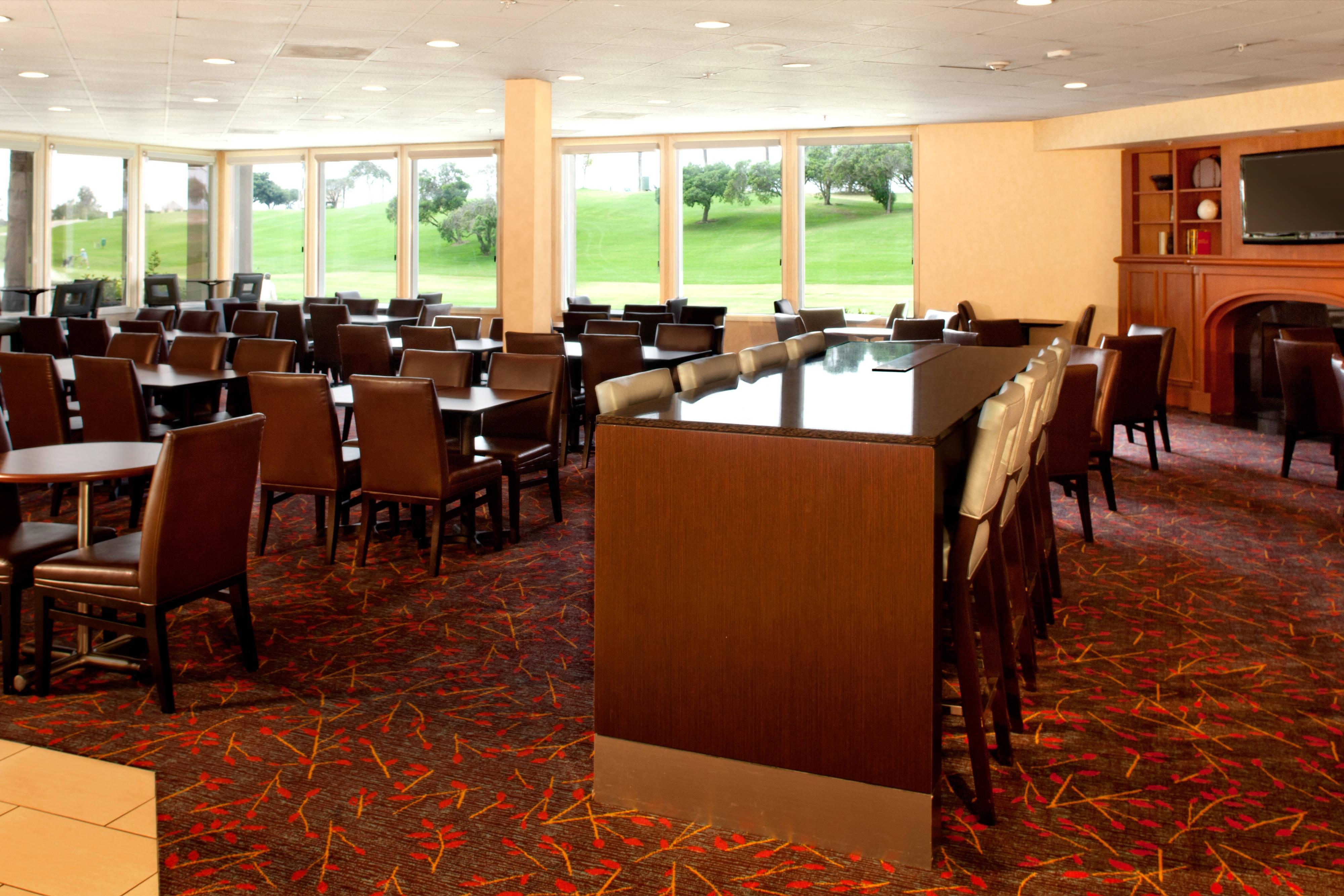 Ventura County hotel dining area
