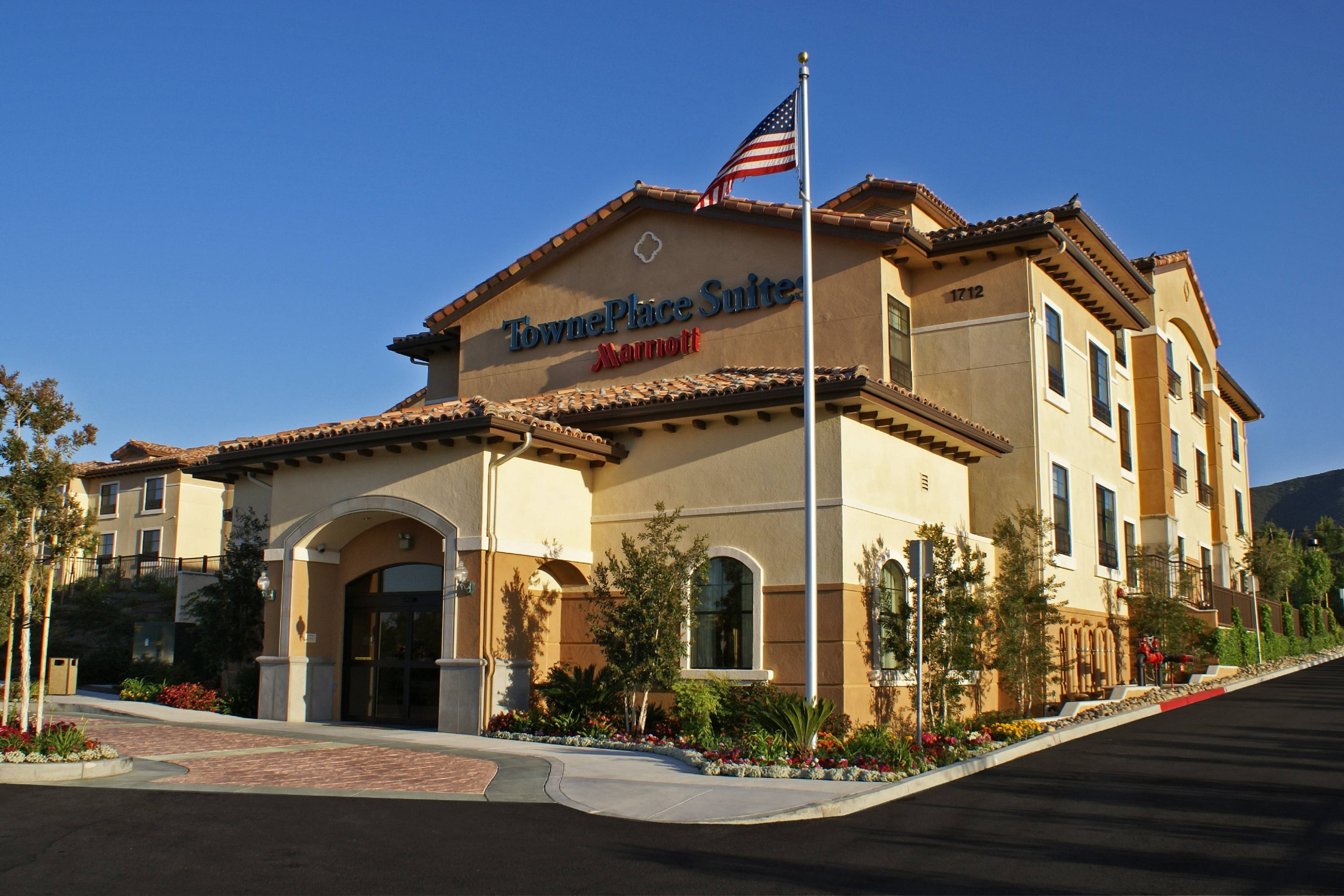 Exterior – Thousand Oaks TownePlace Suites