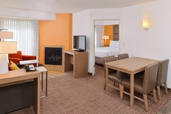 extended stay hotel with two bedrooms in Palo Alto CA