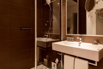 Hotel Guest Bathroom in Le Bourget