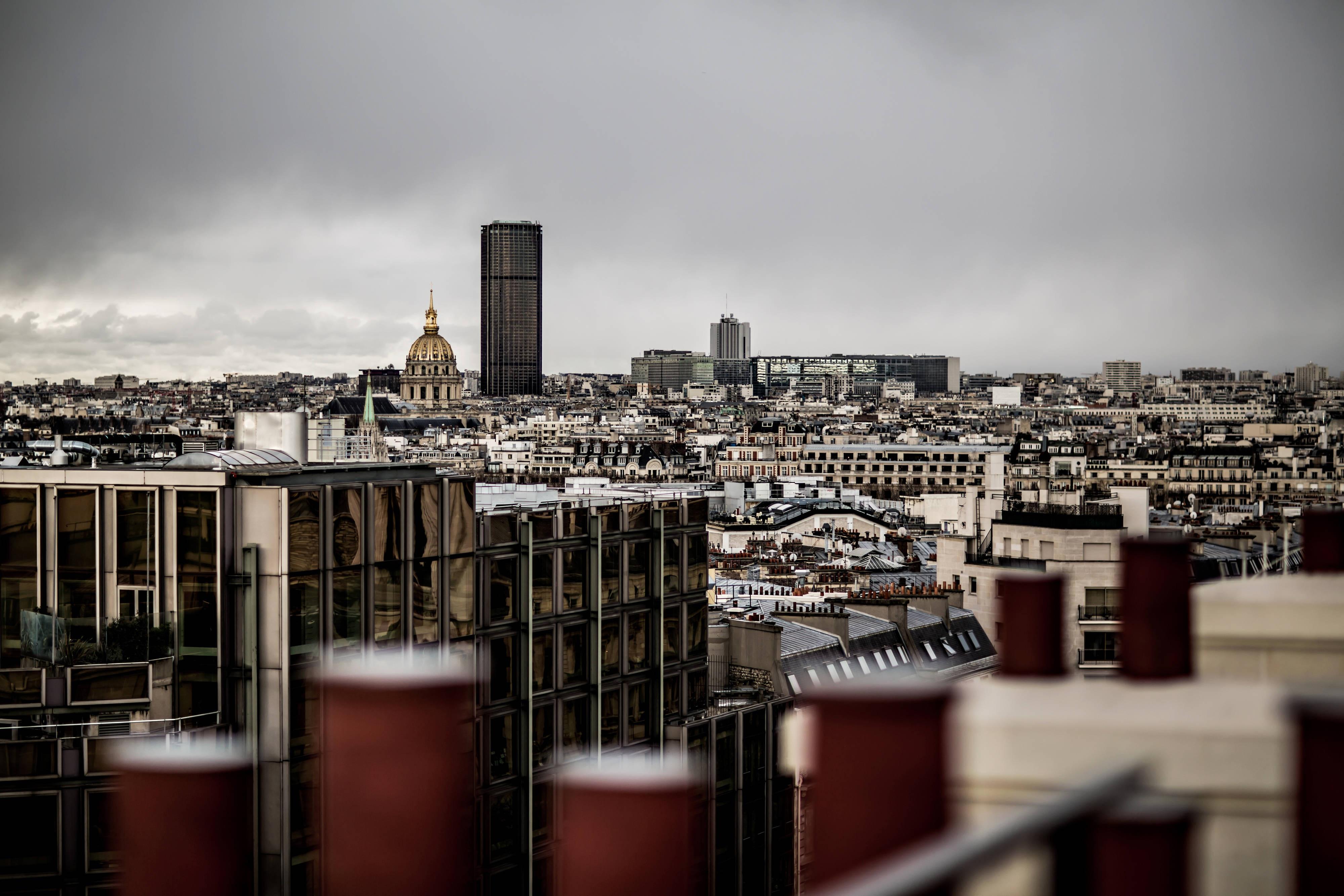 Appartement parisien, vue depuis la terrasse privée