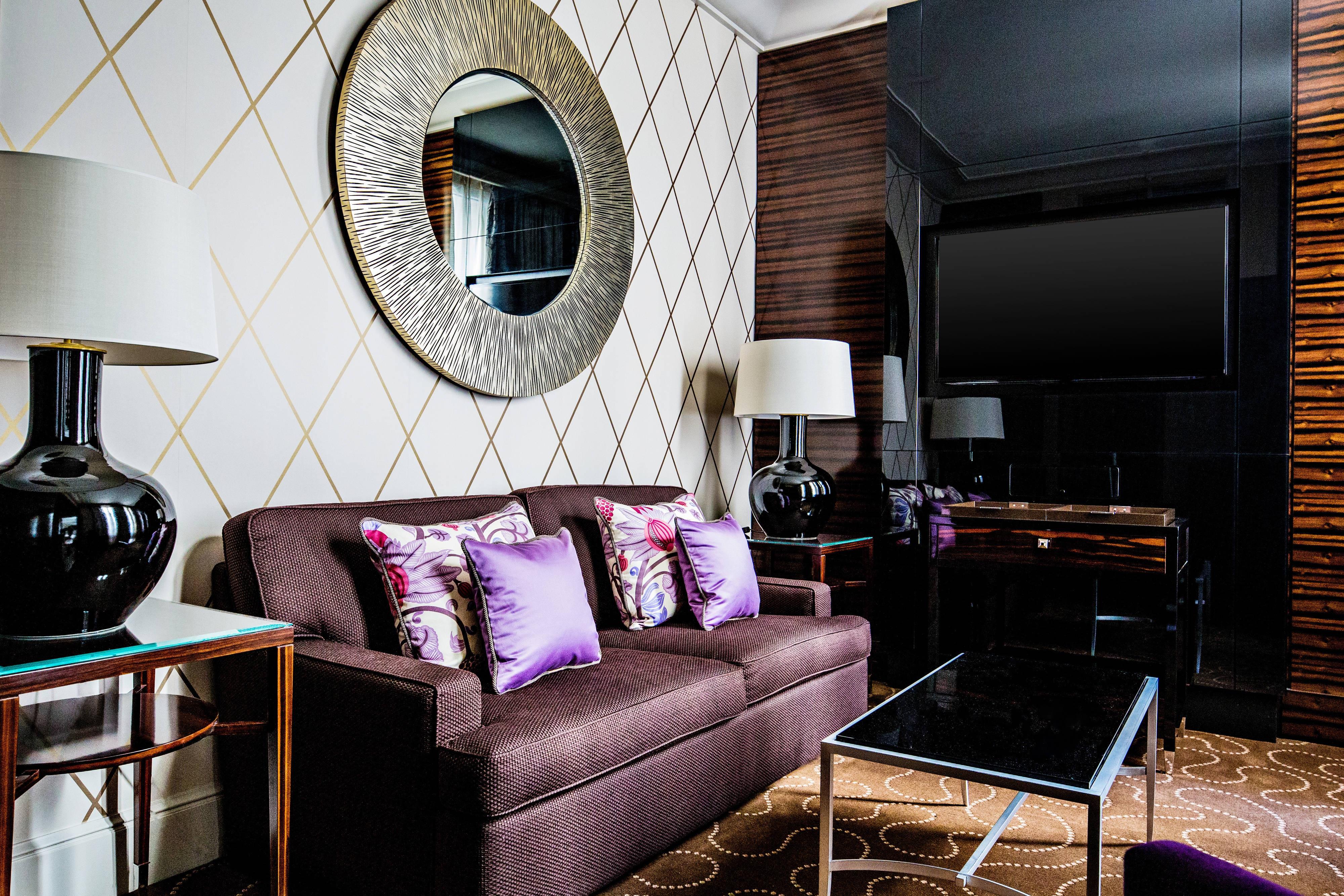 Mosaic Suite - Living Room