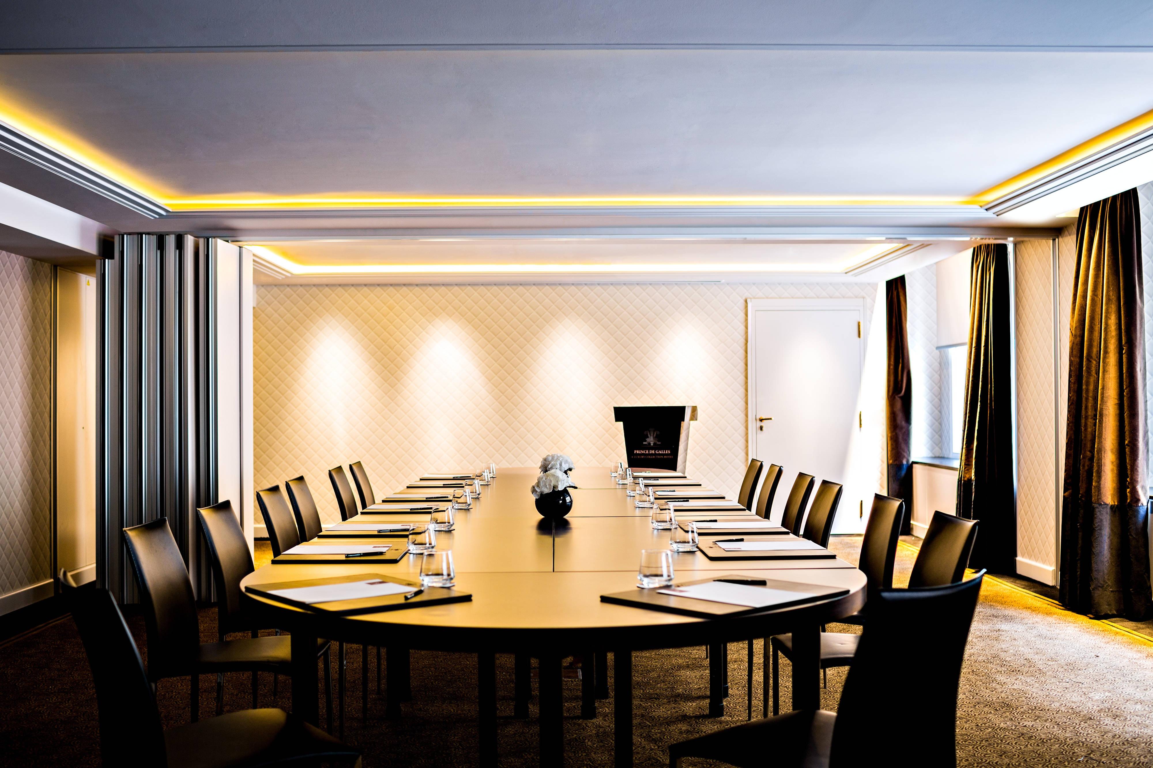 Salon Chaillot – Configuration salle de conseils