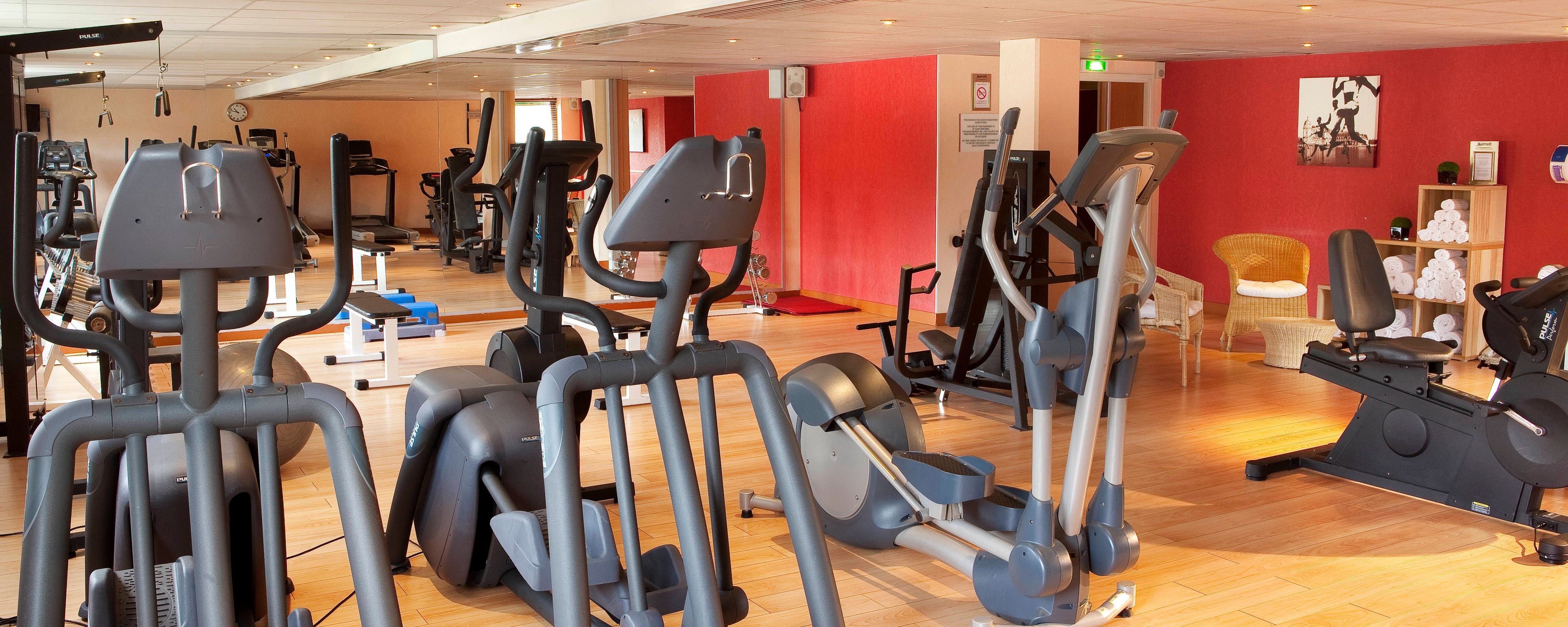 CDG airport hotel with gym
