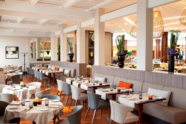 'Le 5' Restaurant & Lounge