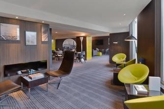 Club Lounge LM