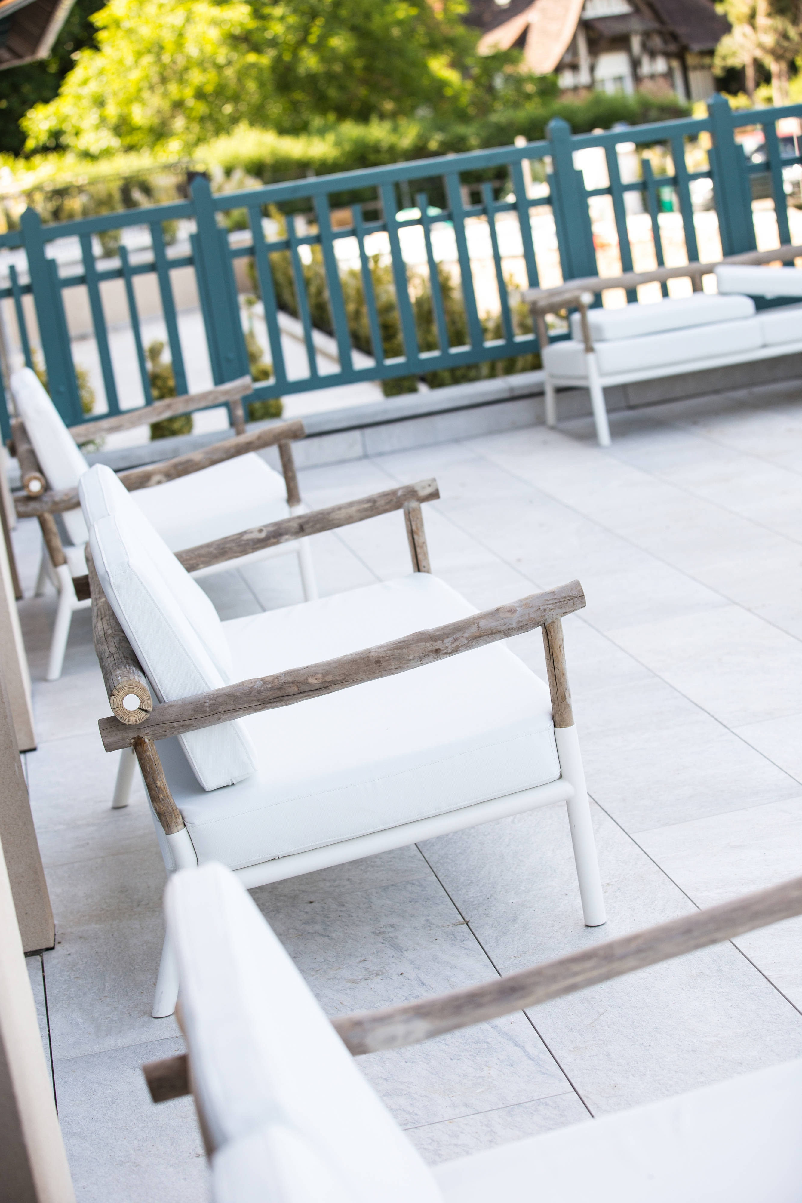 Lobby Seating Outdoor