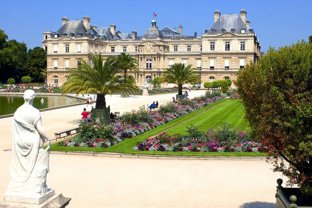Hotel rooms near Luxembourg Gardens
