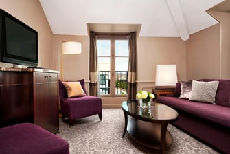 Junior Suite with a View - Living Room