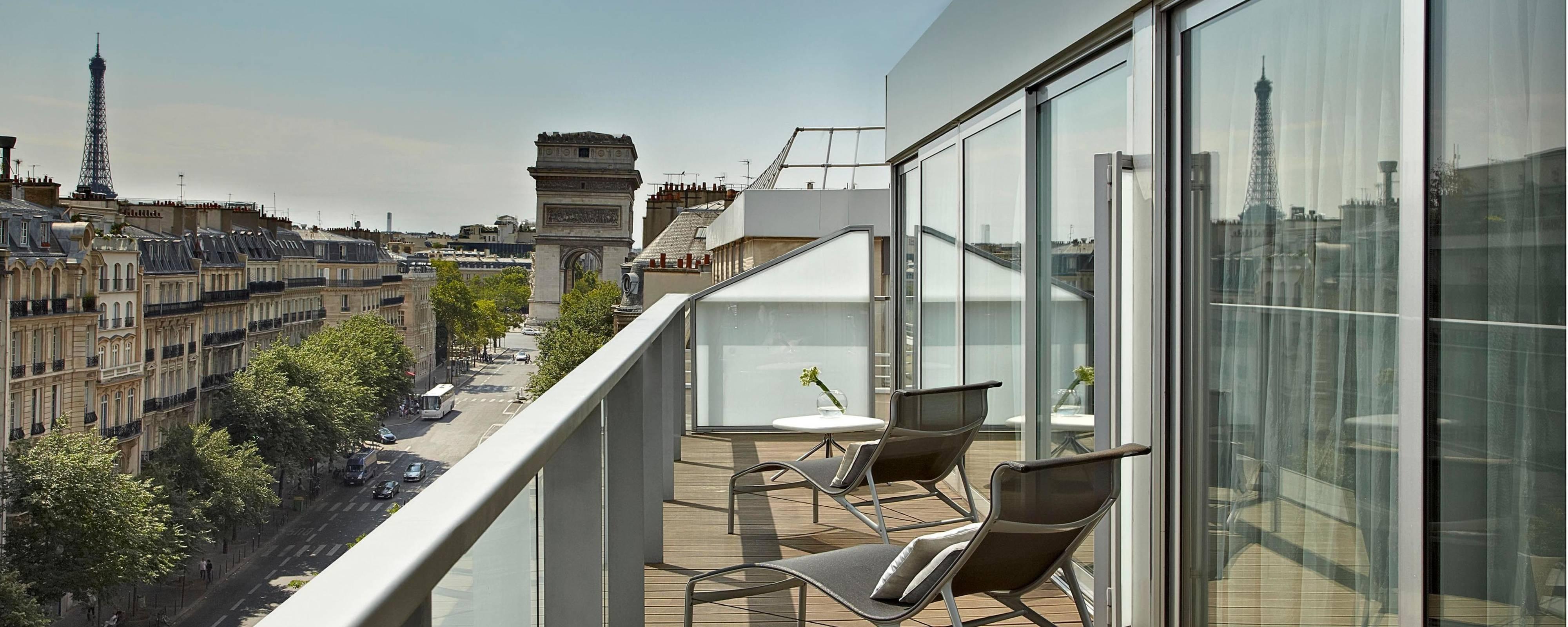 5 Star Hotel In Paris City Centre Renaissance Paris Arc De