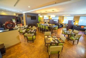 Bar del lobby en Puebla