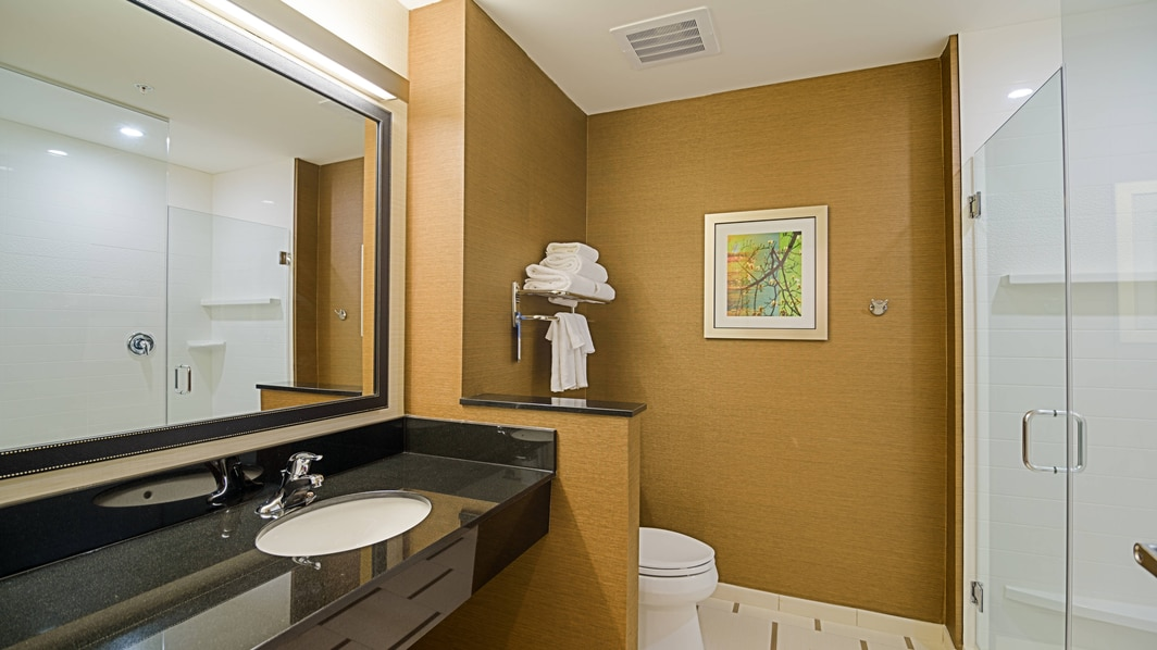 Guest bathroom in Delray Beach