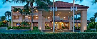 Fairfield Inn&Suites Palm Beach