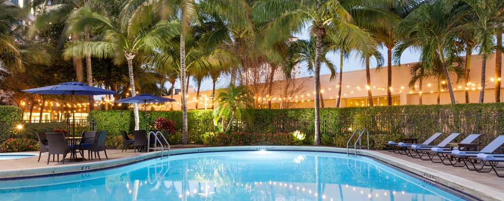 West Palm Beach Hotel With Pool And Gym
