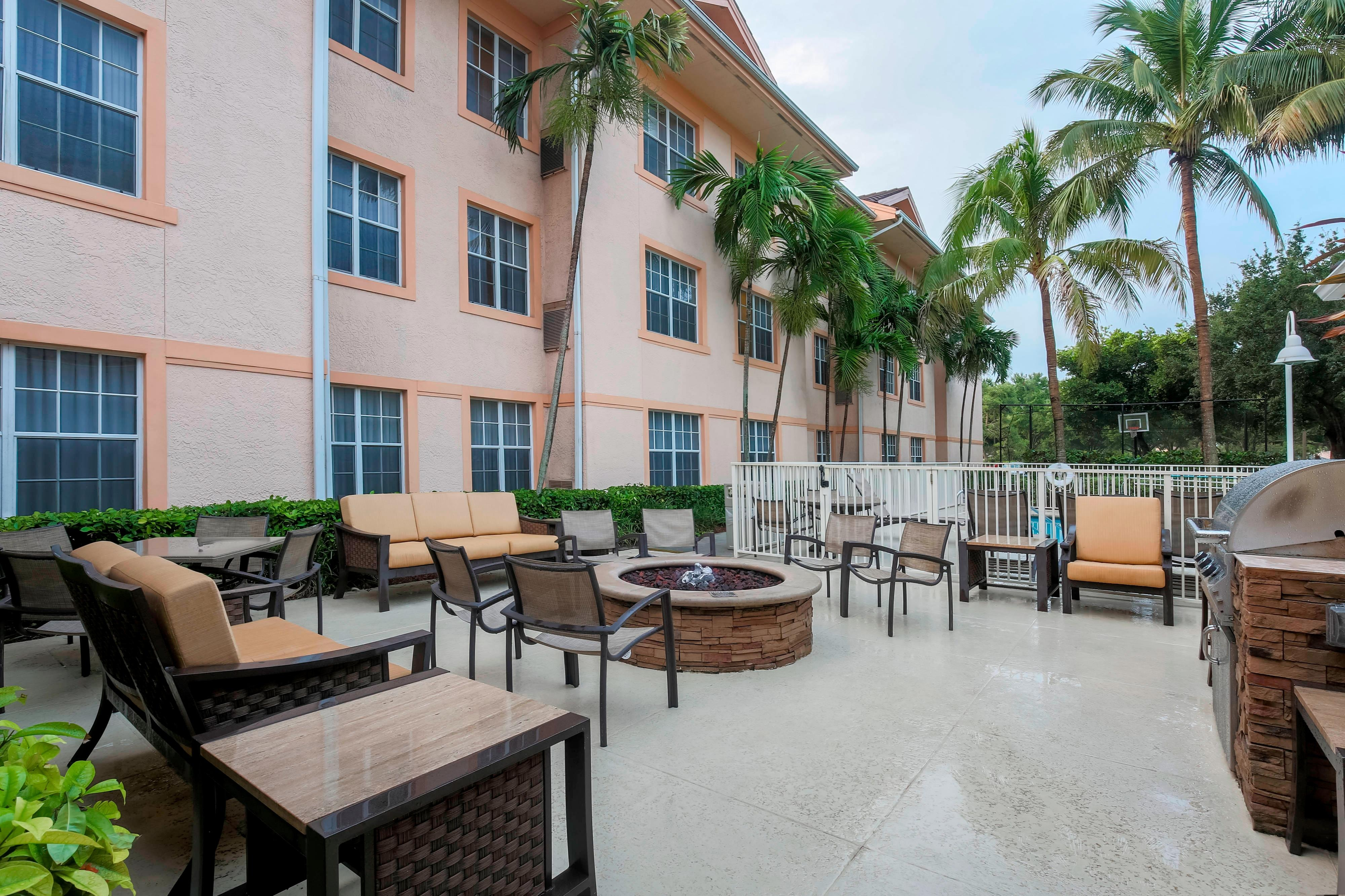 West Palm Beach Outdoor Patio