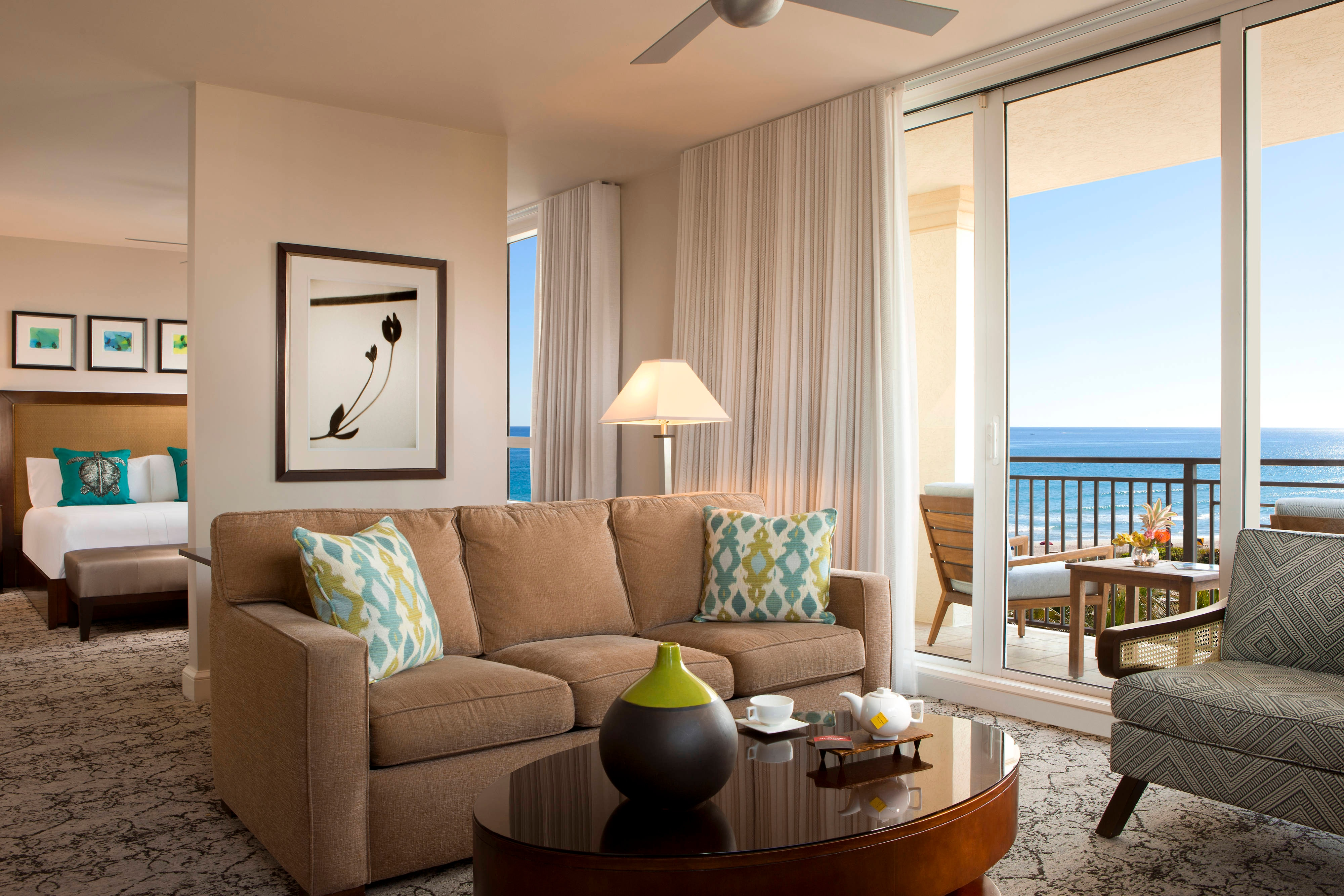 One-Bedroom King Ocean Facing Suite