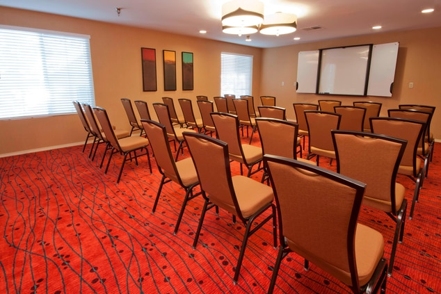 Portland Oregon Hotel Meeting Room