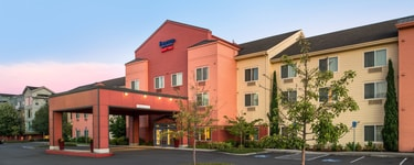 Fairfield Inn & Suites Portland North