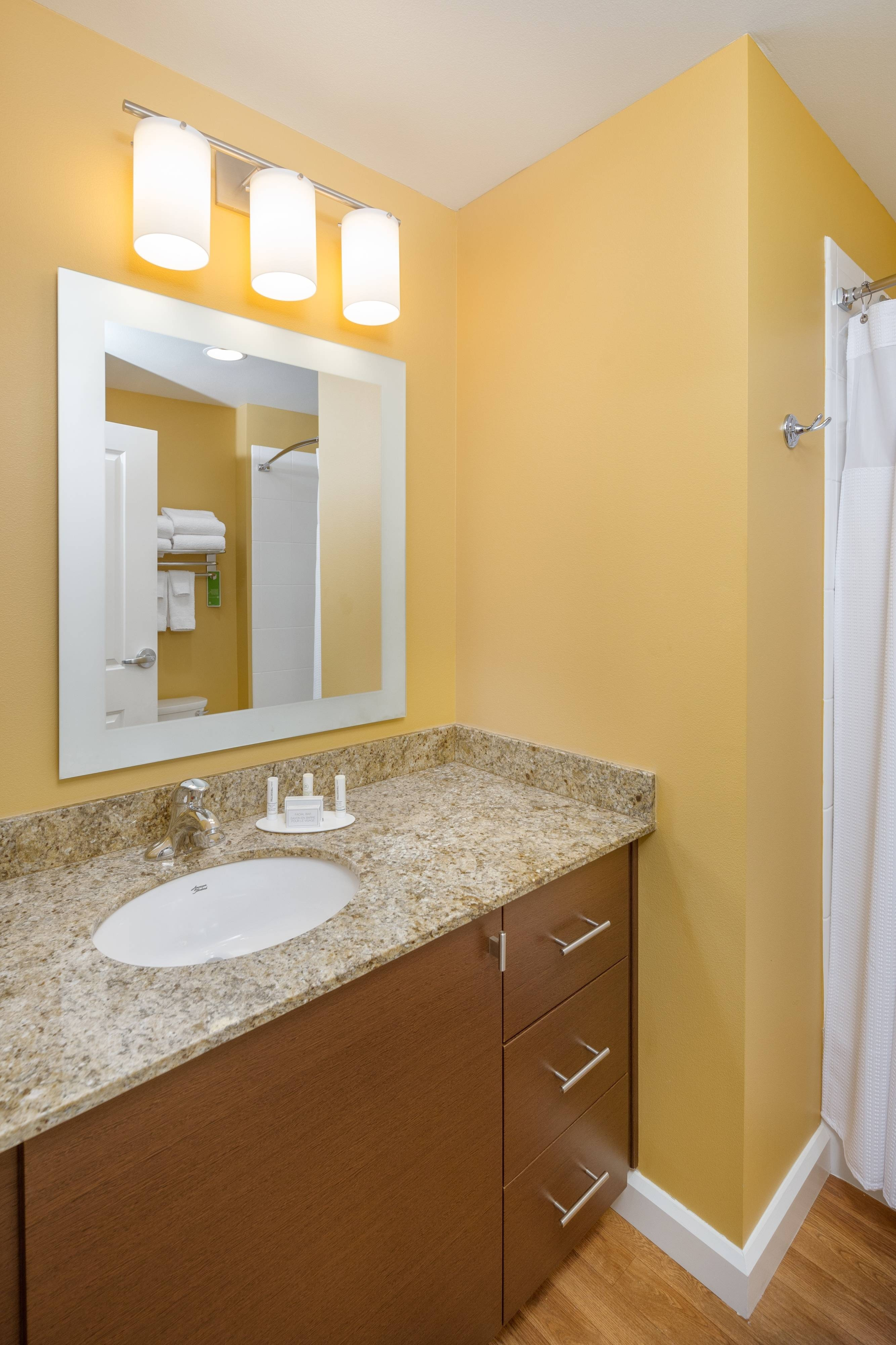 Portland-Vancouver WA extended stay hotel