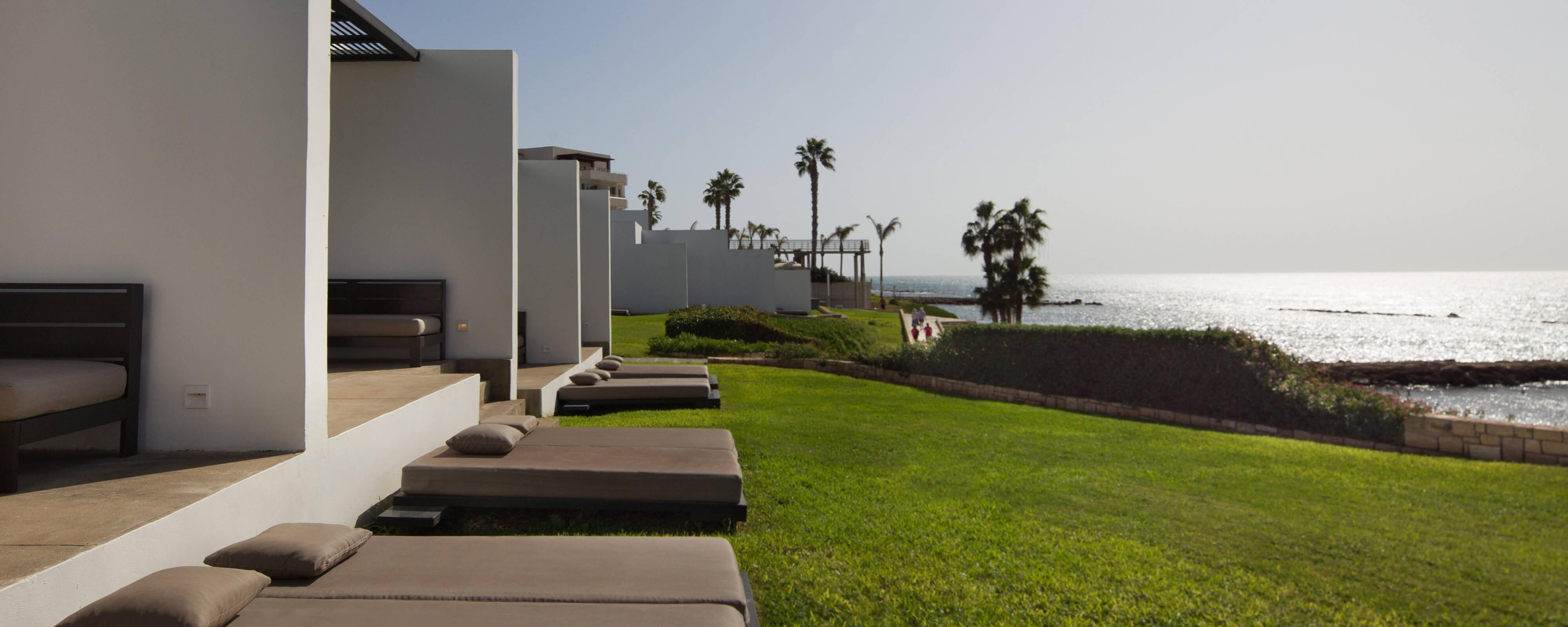 Sea Front Kyma Suite Loungers