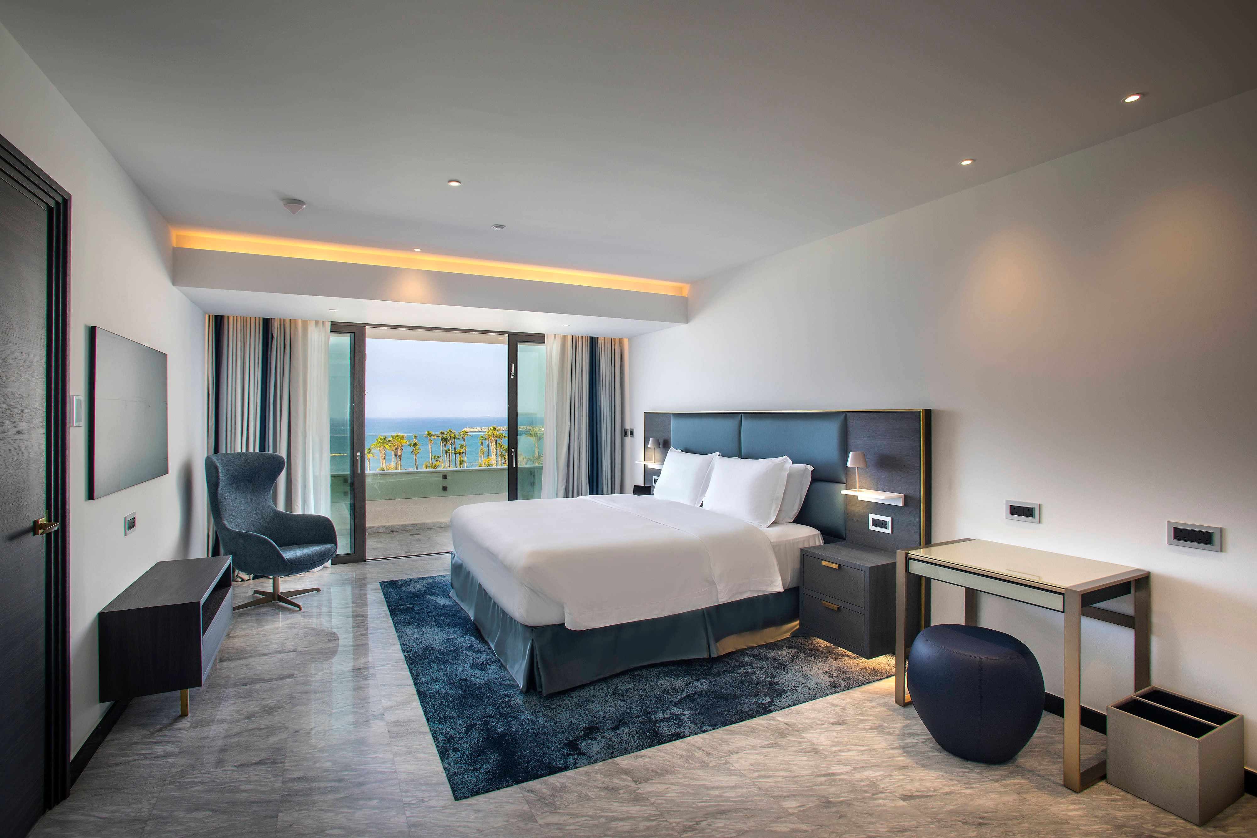 Lifestyle Suite - Bedroom
