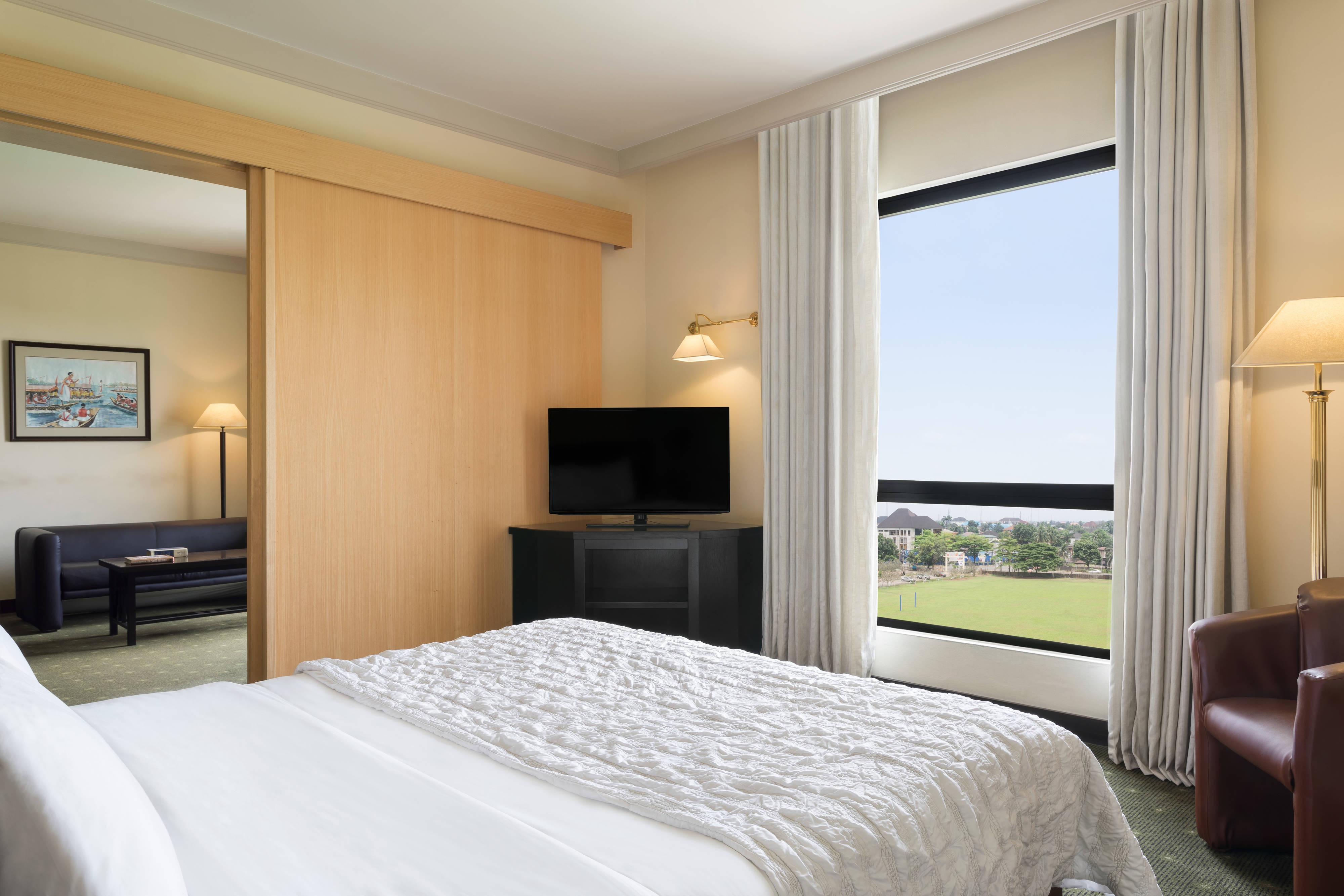 King Executive Guest Room Polo View