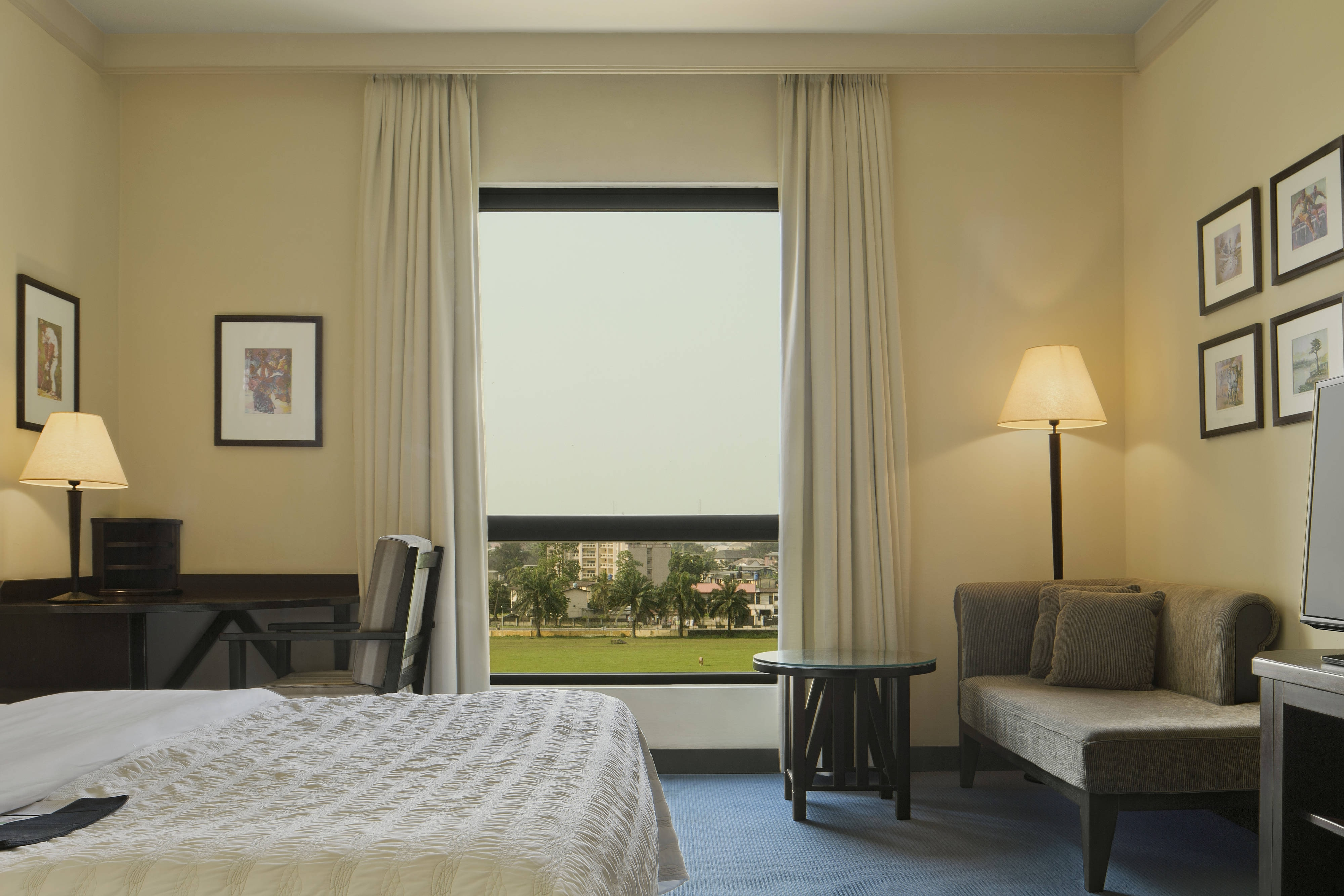 Deluxe Room Polo View