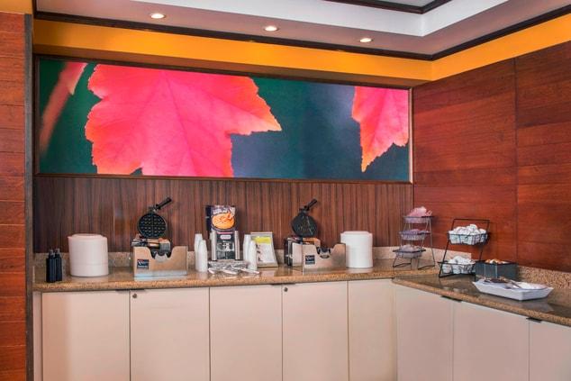 Breakfast Buffet – Waffle Station