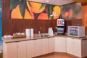 Breakfast Buffet – Juice Station