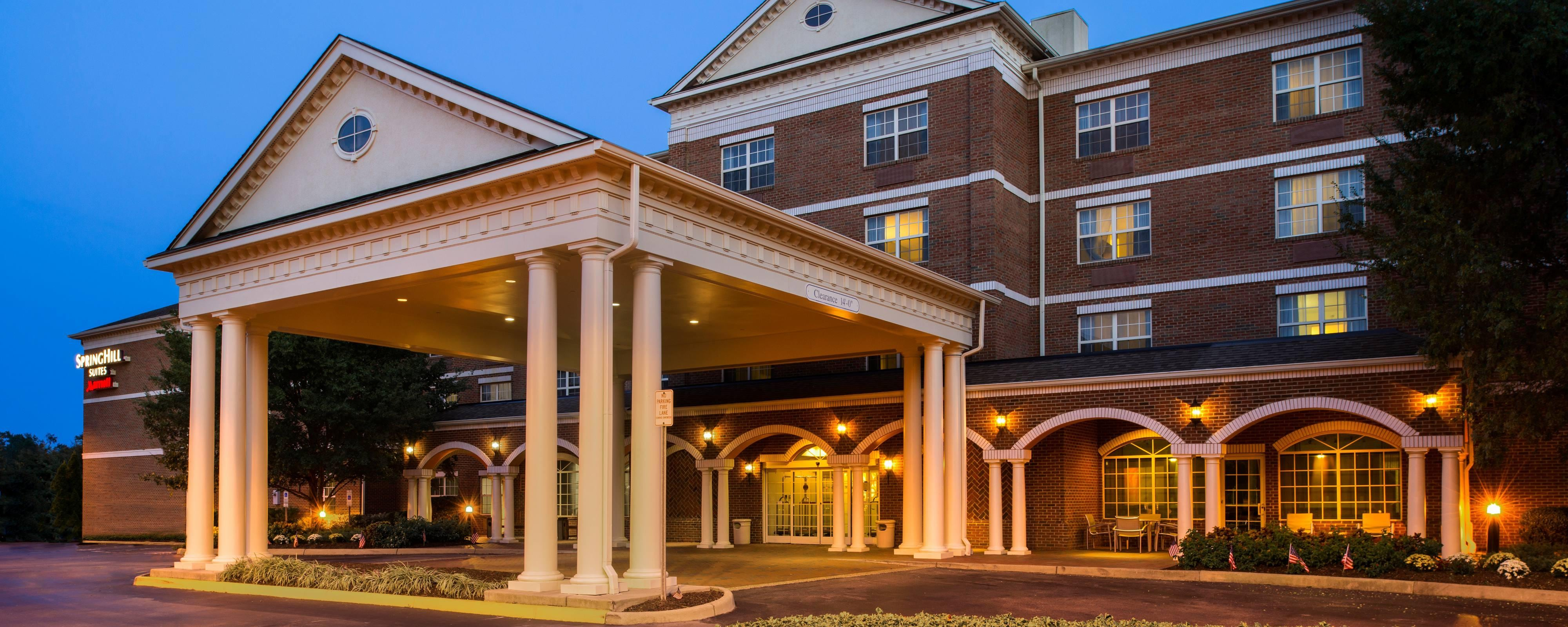 Hotels in Williamsburg, VA | SpringHill Suites Williamsburg