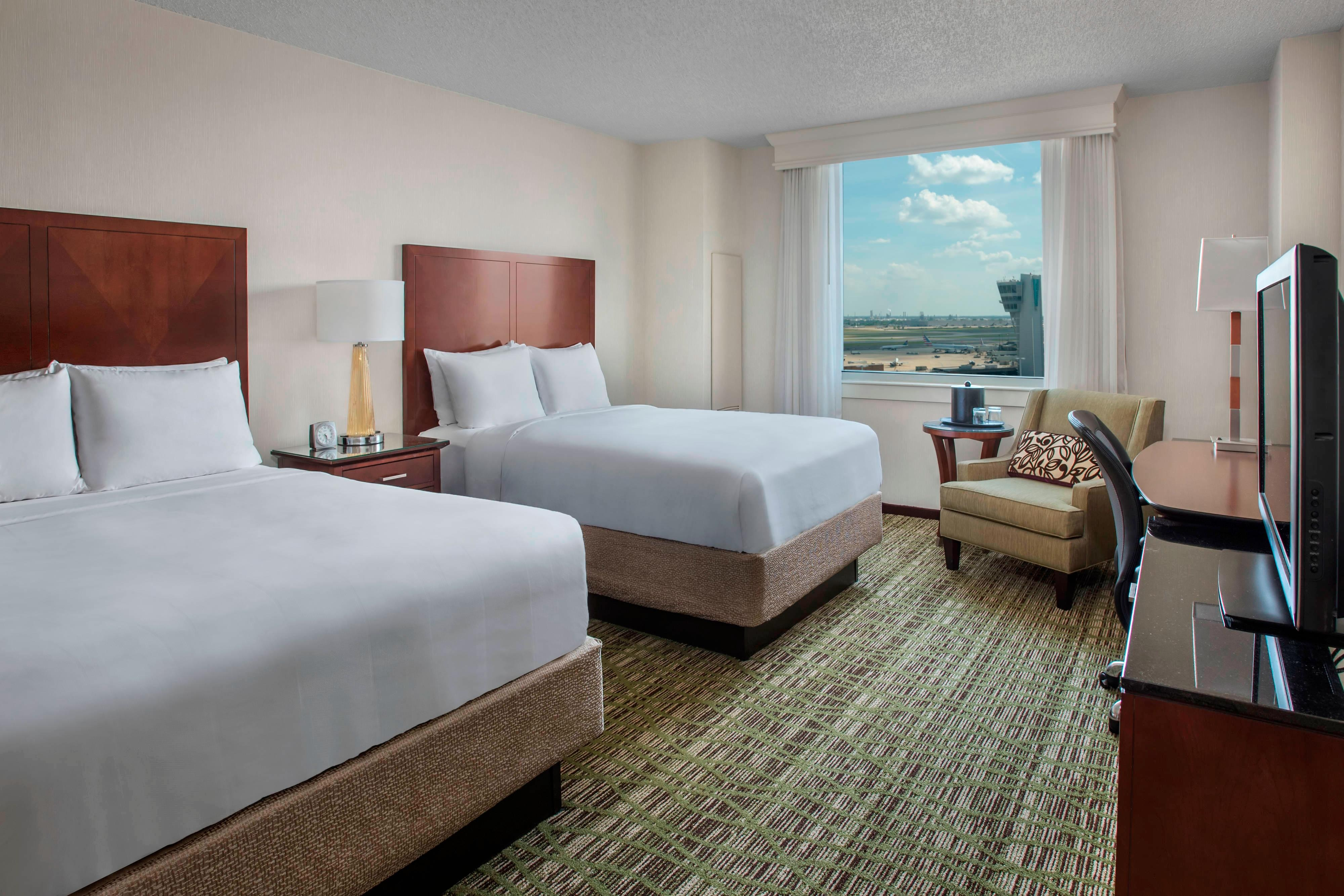 Double/Double PHL Runway View Guest Room