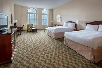 4 star hotel in downtown Philadelphia