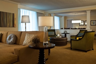Presidential hotel suite in Philadelphia
