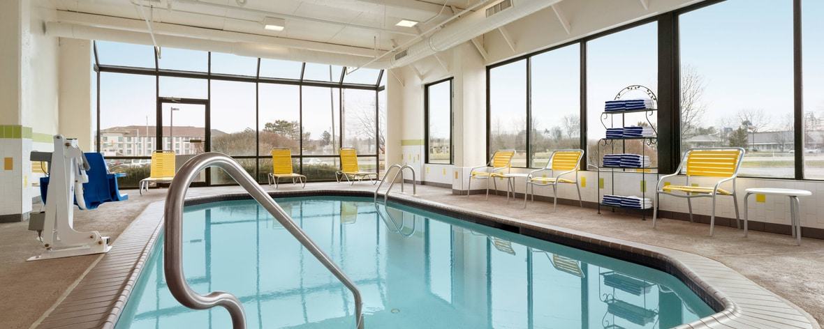 Fairfield inn philadelphia exton marriott hotels in - Hotels in chester with swimming pool ...