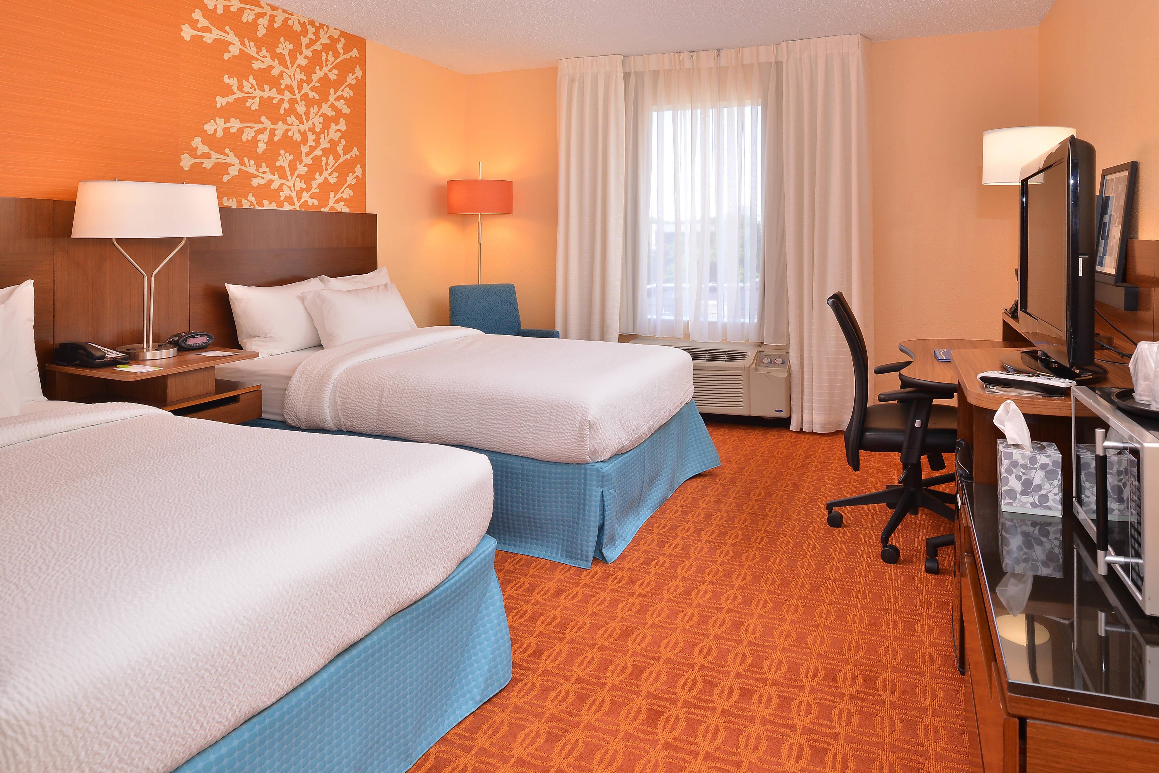 hotel rooms and suites in mt laurel nj ada accessible. Black Bedroom Furniture Sets. Home Design Ideas