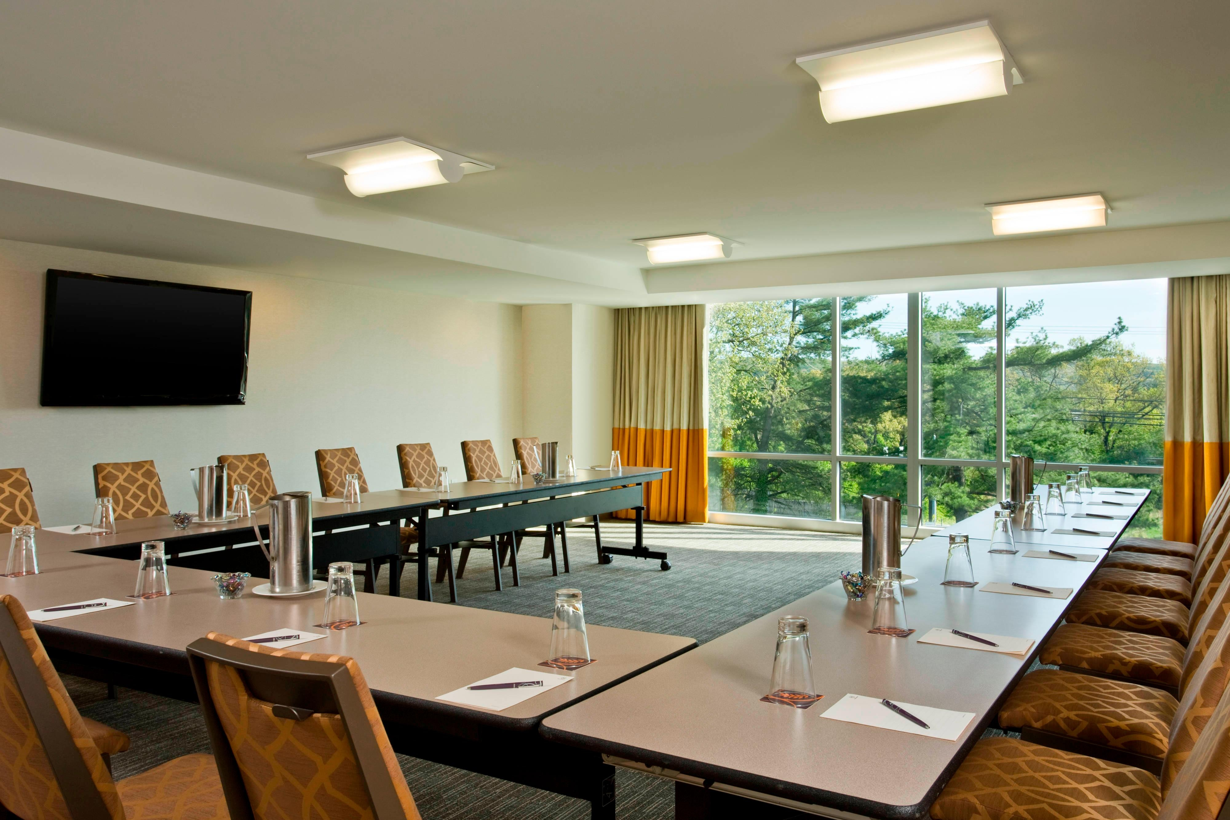 Frazier Meeting Room