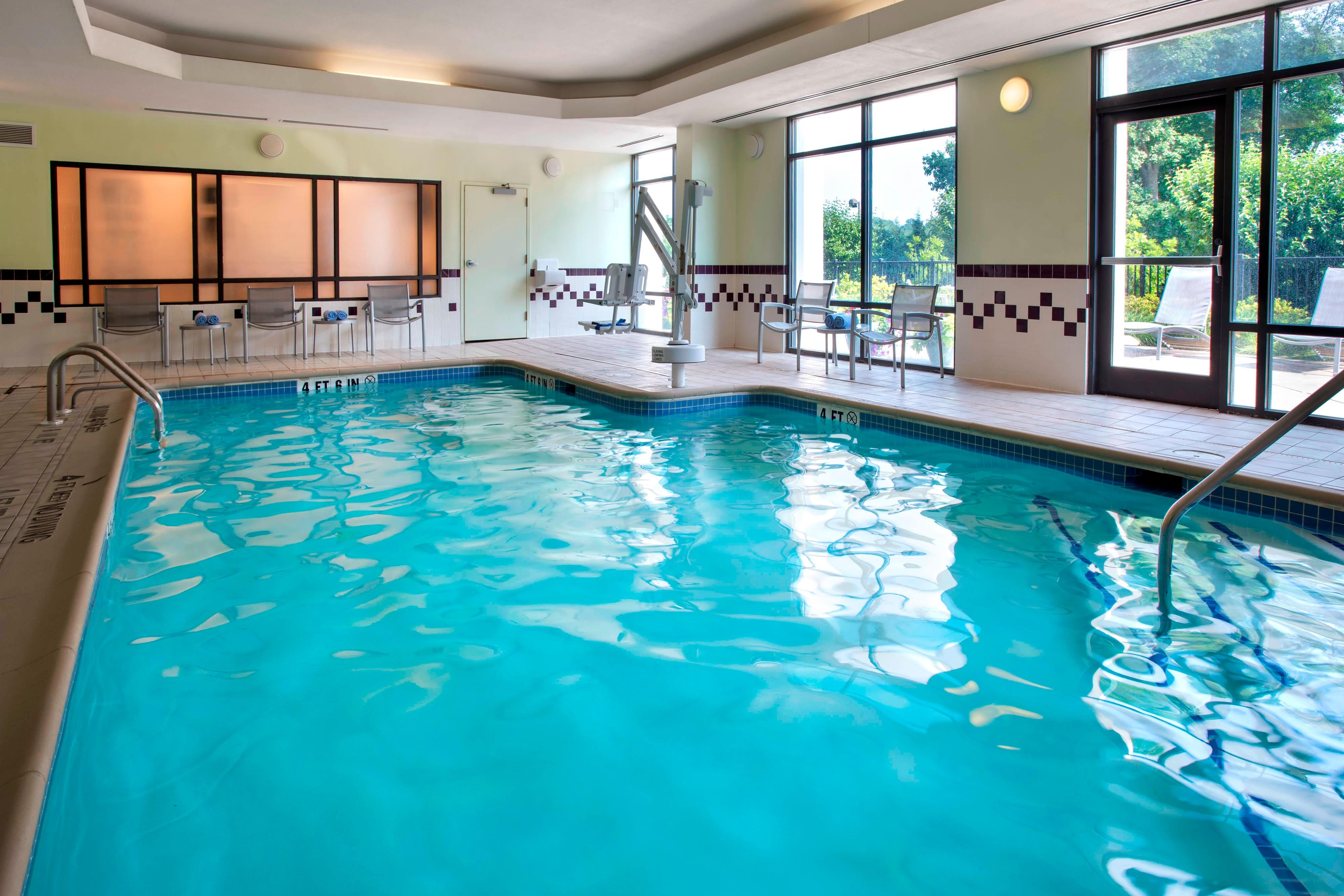 Hotels in Plymouth Meeting - indoor pool