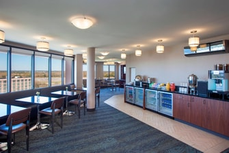 Club Lounge - Breakfast Area