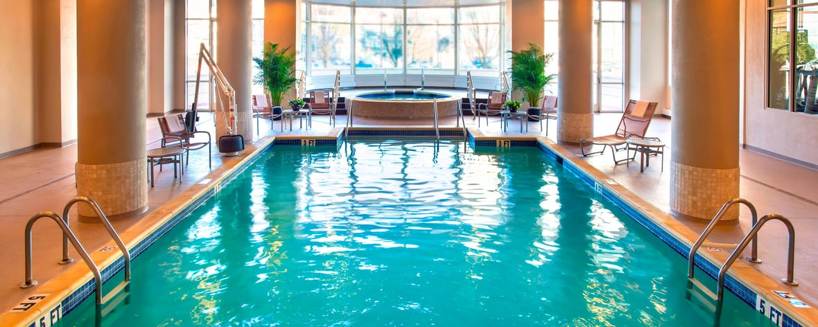 Valley Forge hotel with Pool