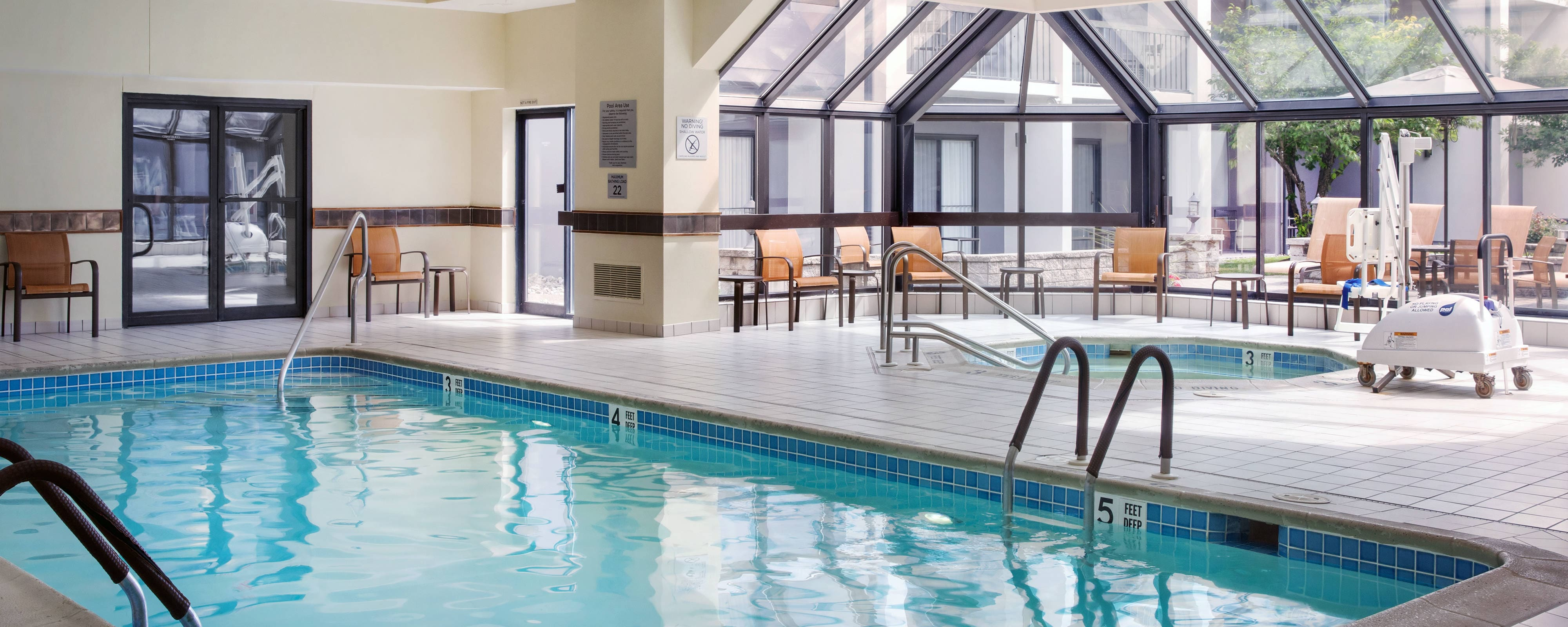 Hotels In Willow Grove, PA With Indoor Pool And Gym
