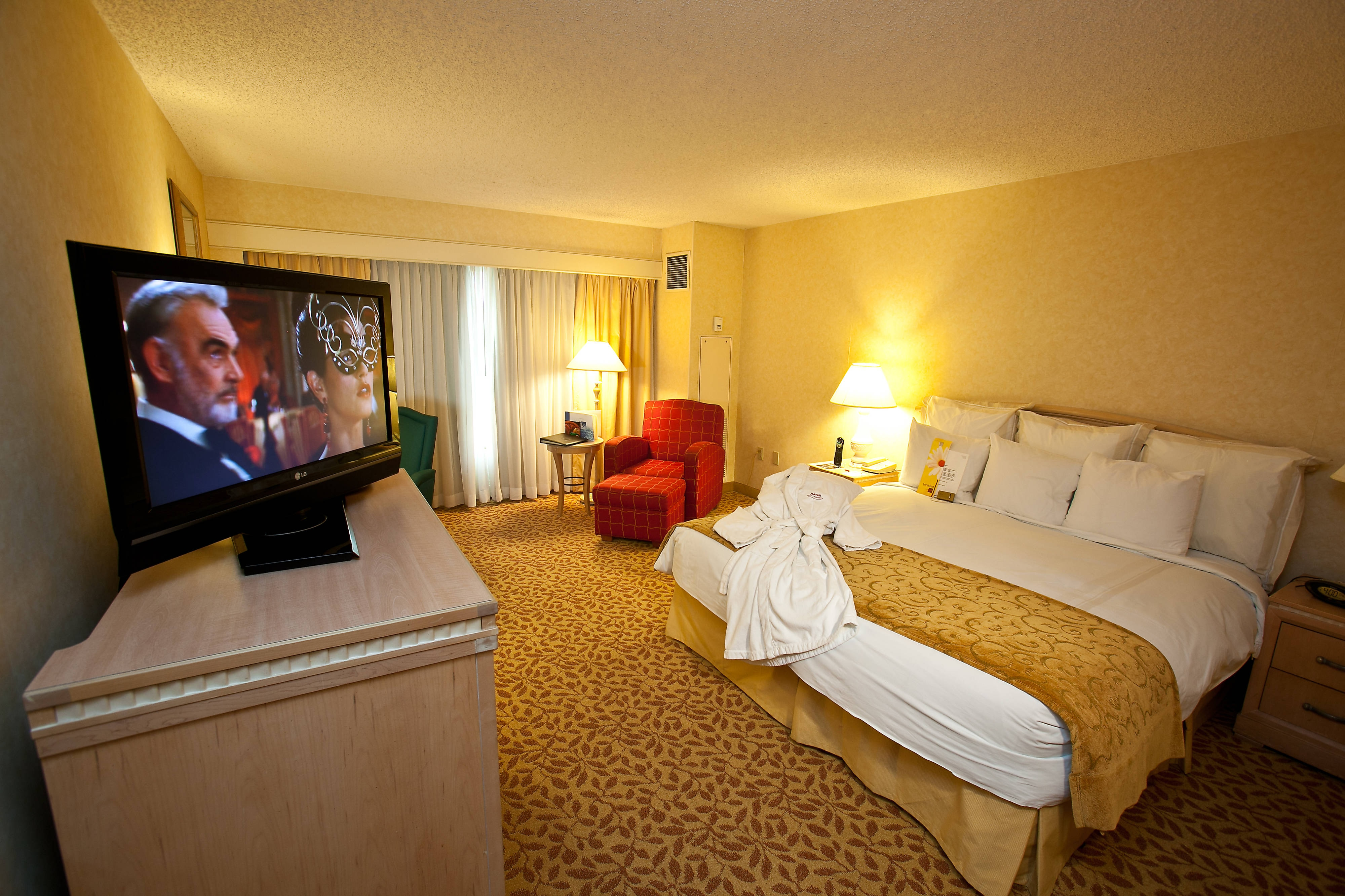 Phoenix Airport hotel rooms