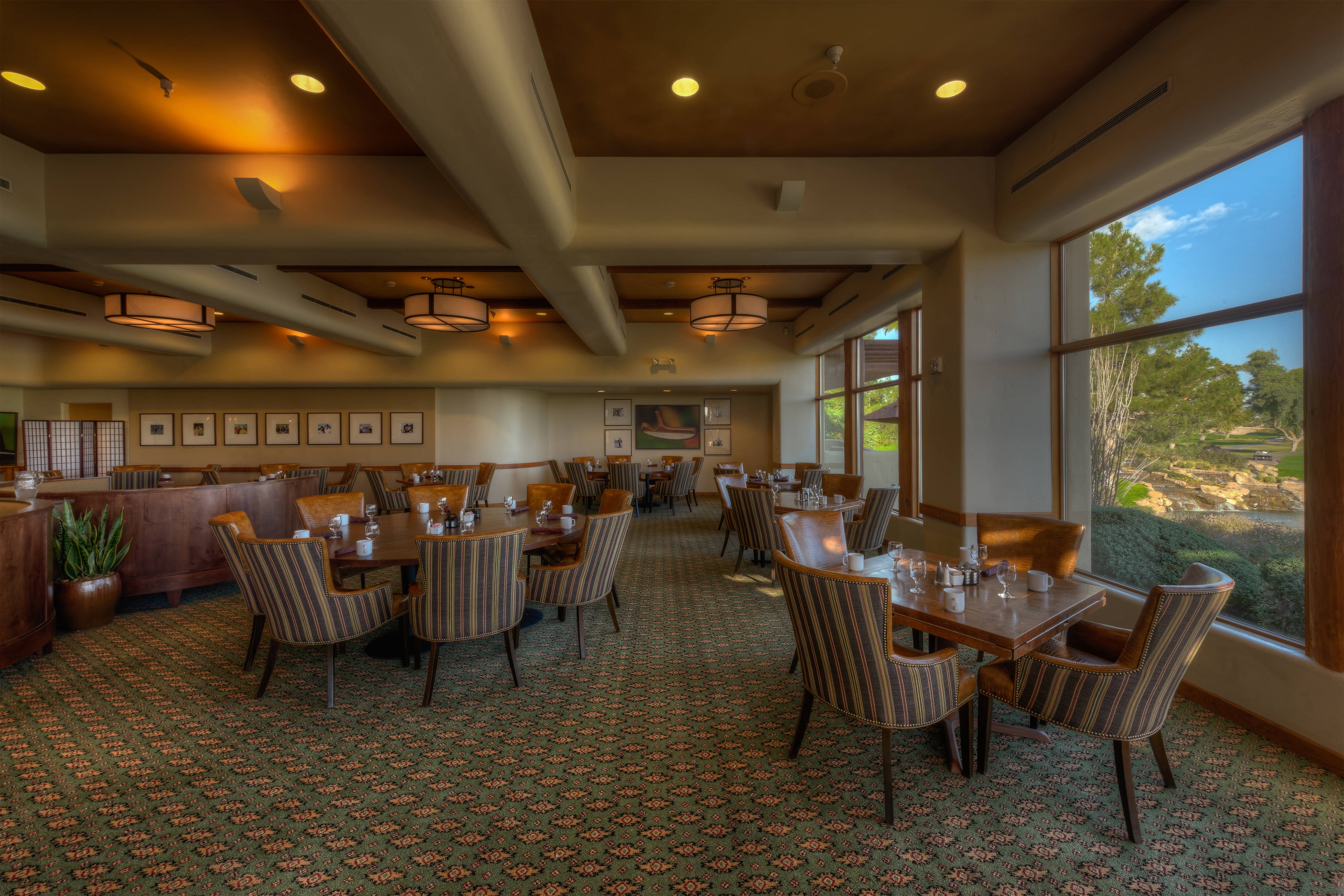 Acacia Restaurant at Camelback Golf Club
