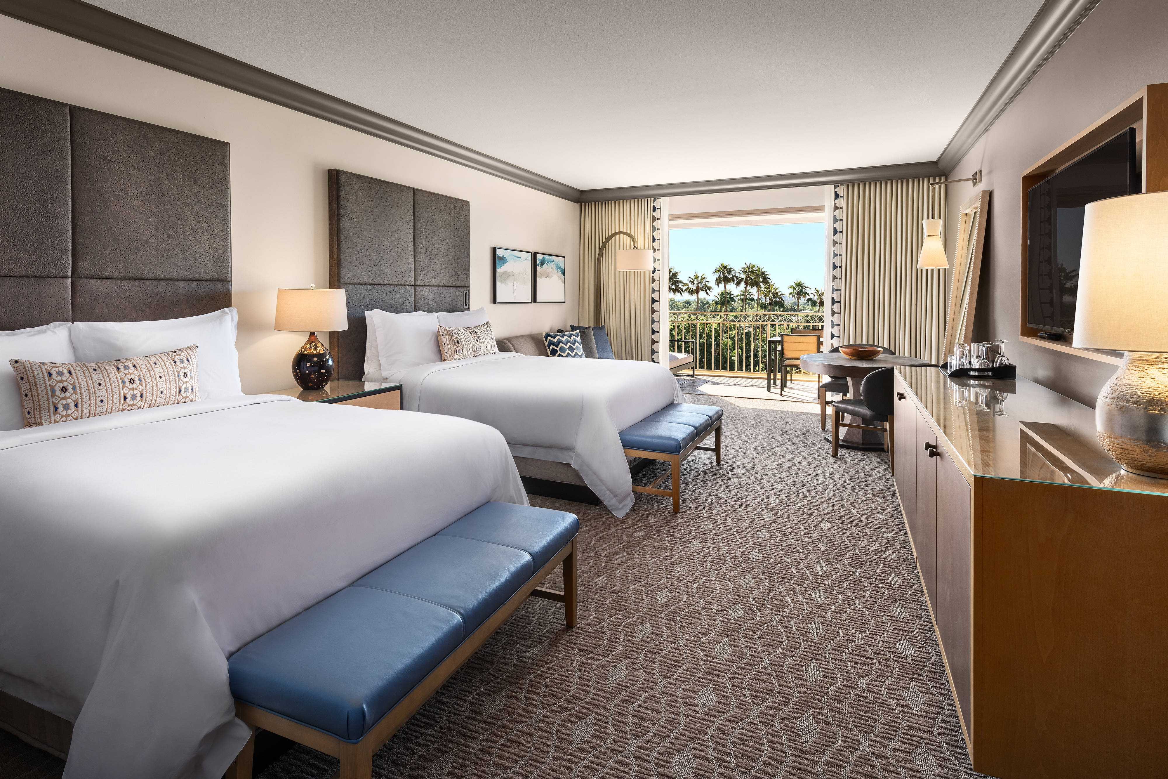 Grand Deluxe Double Guest Room