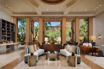 Canyon Suite Lobby & Lounge