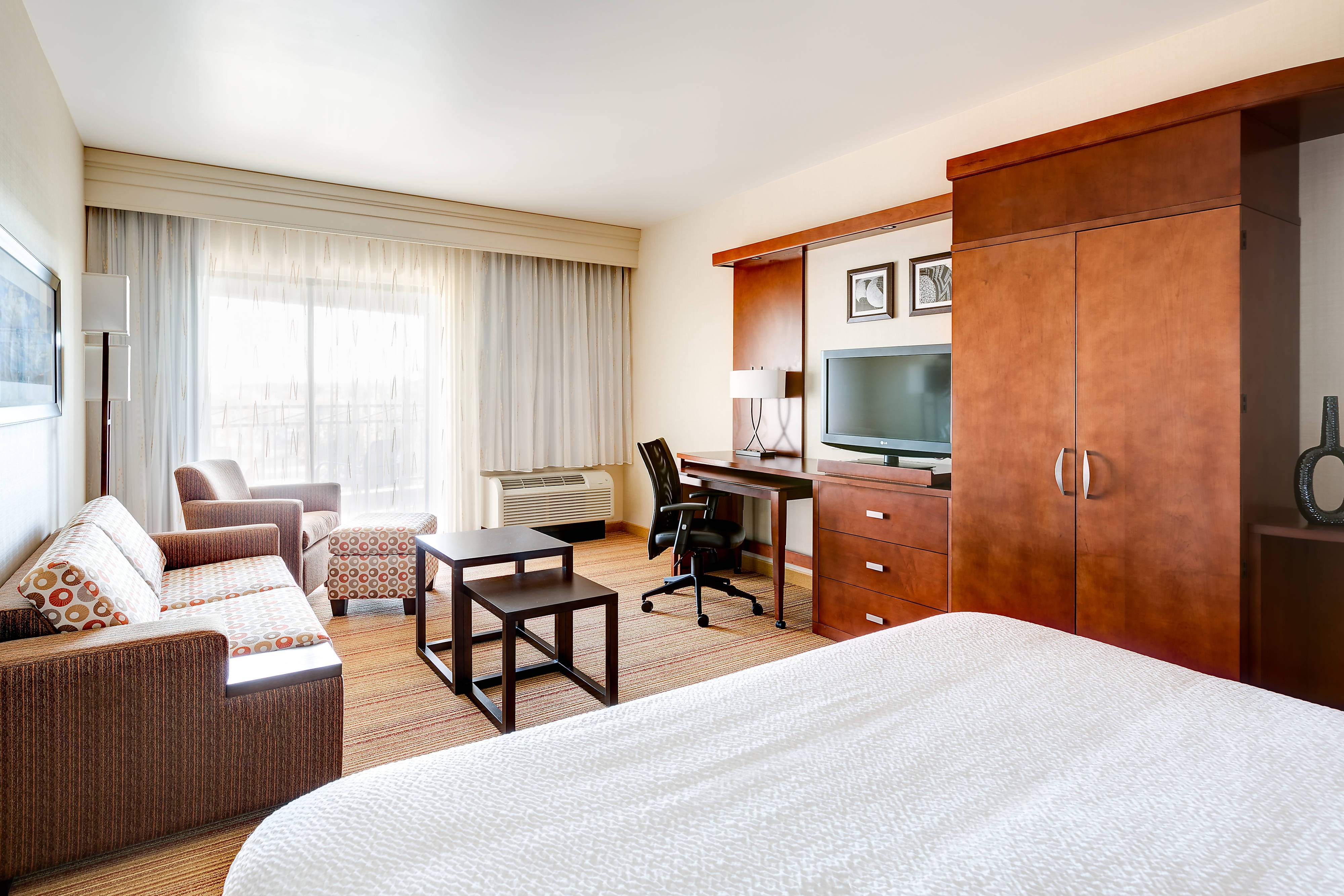 Executive King Guest Room Courtyard Scottsdale