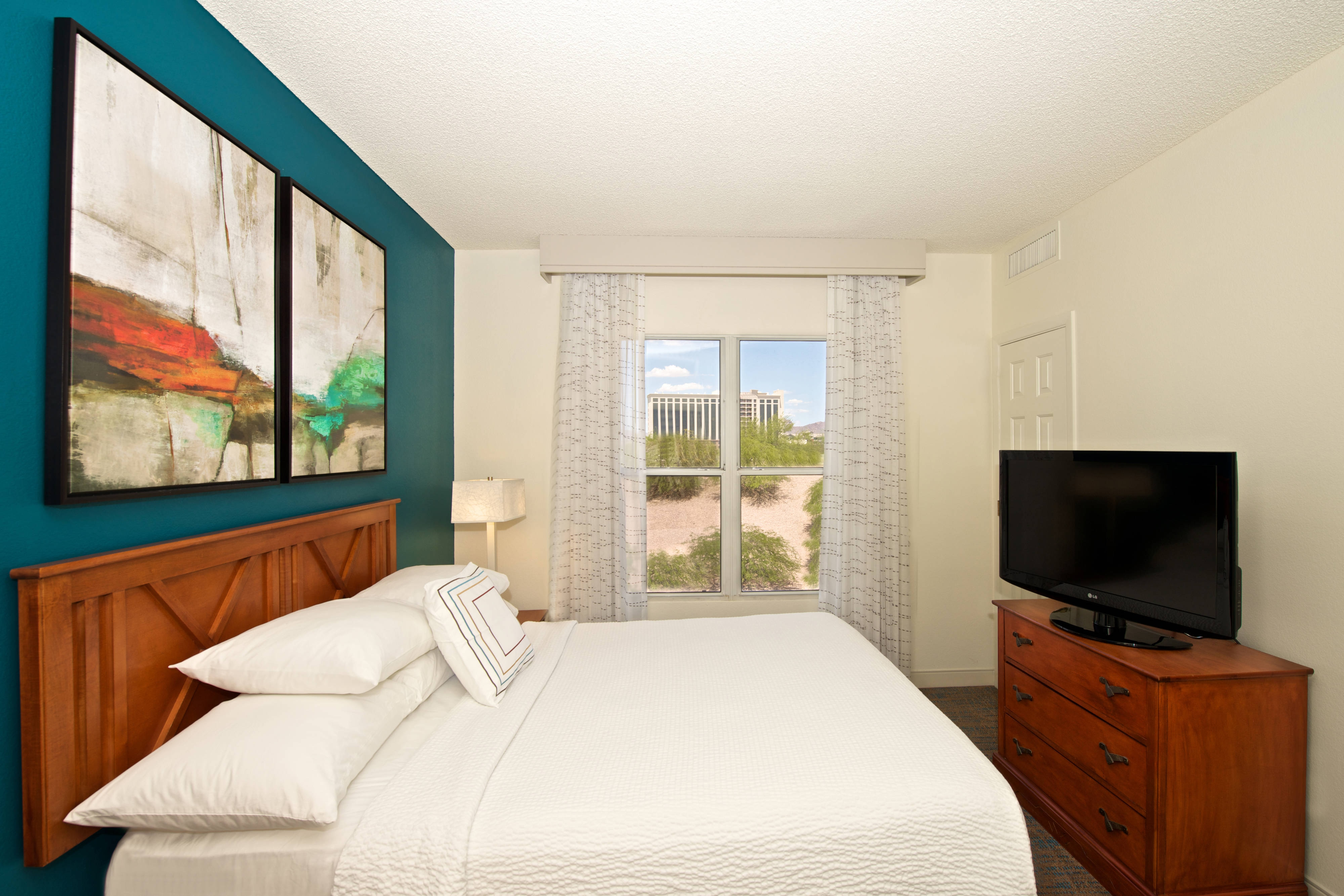 Phoenix Hotels With Kitchens | Residence Inn Phoenix Airport Hotel