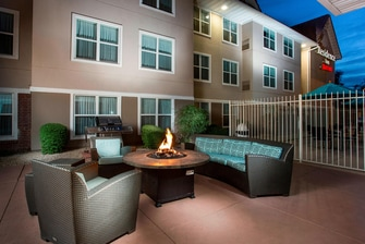 Peoria Hotel Outdoor Fire Pit